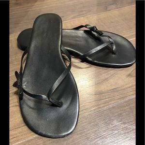 Aldo vegan leather black sandal size 8